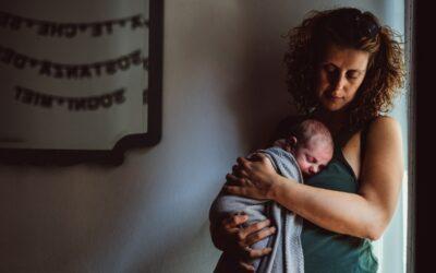 La sesión de fotos de tu bebé en casa: ¿mejor que en el estudio?